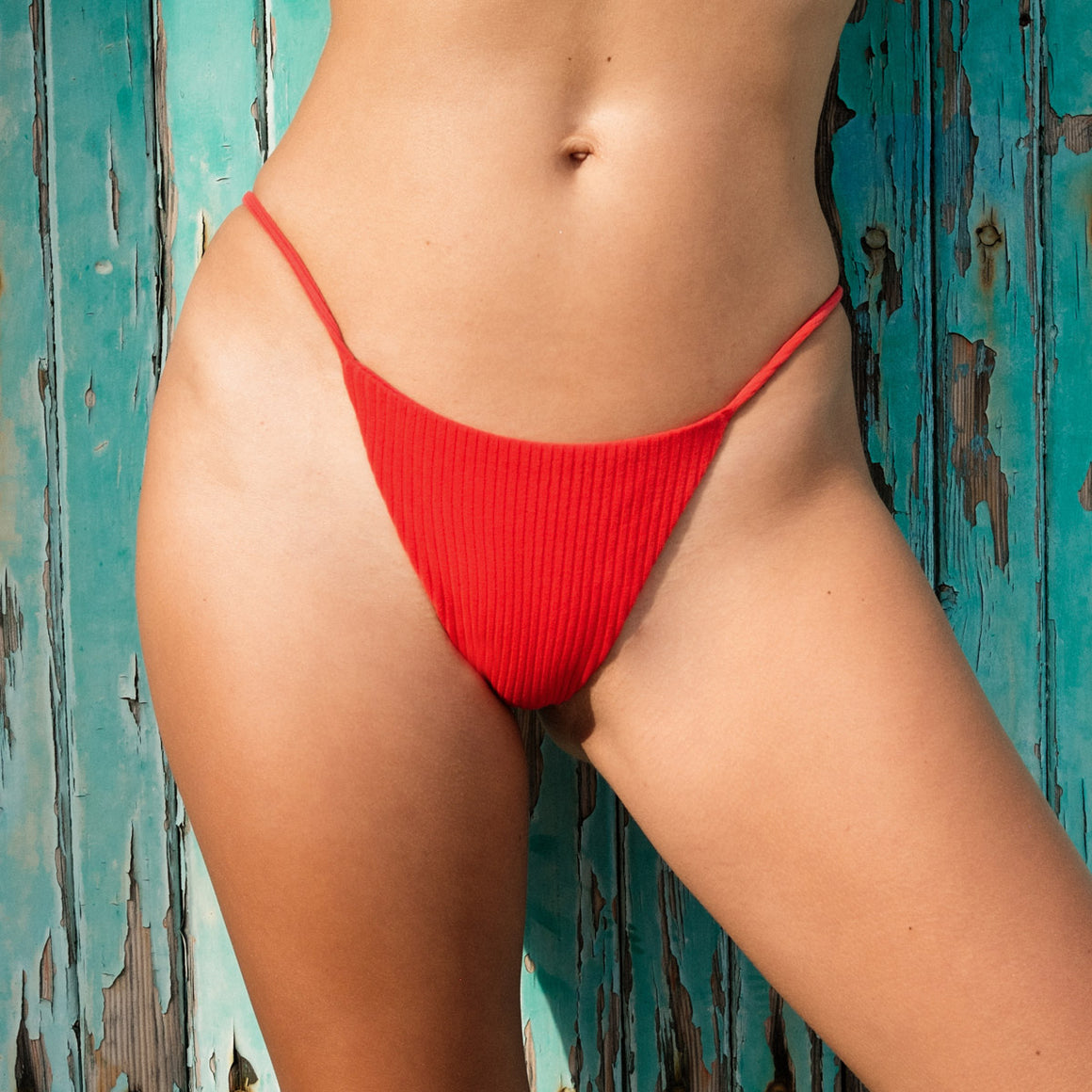 Teti Wide Ribbed Bottom