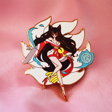 FOX SPIRIT AHRI ENAMEL PIN [FASHION CHAMPION] [LIMITED EDITION]