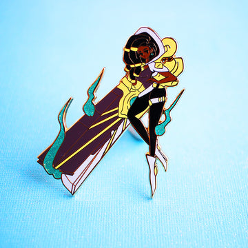 SENNA ENAMEL PIN [FASHION CHAMPION] [LIMITED EDITION]