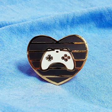 GAMER HEART [BLACK] ENAMEL PIN