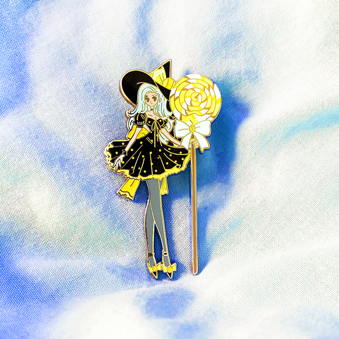 [PREORDER] SWEETS WITCH [LUNA] ENAMEL PIN