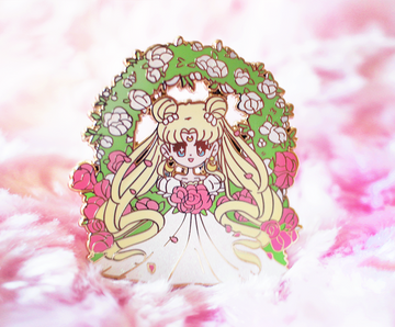 CHIBI WEDDING USAGI ENAMEL PIN