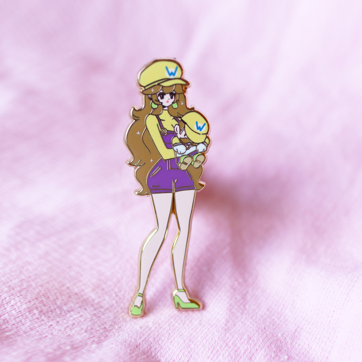 YELLOW PLUMBER PEACH ENAMEL PIN [LIMITED EDITION]