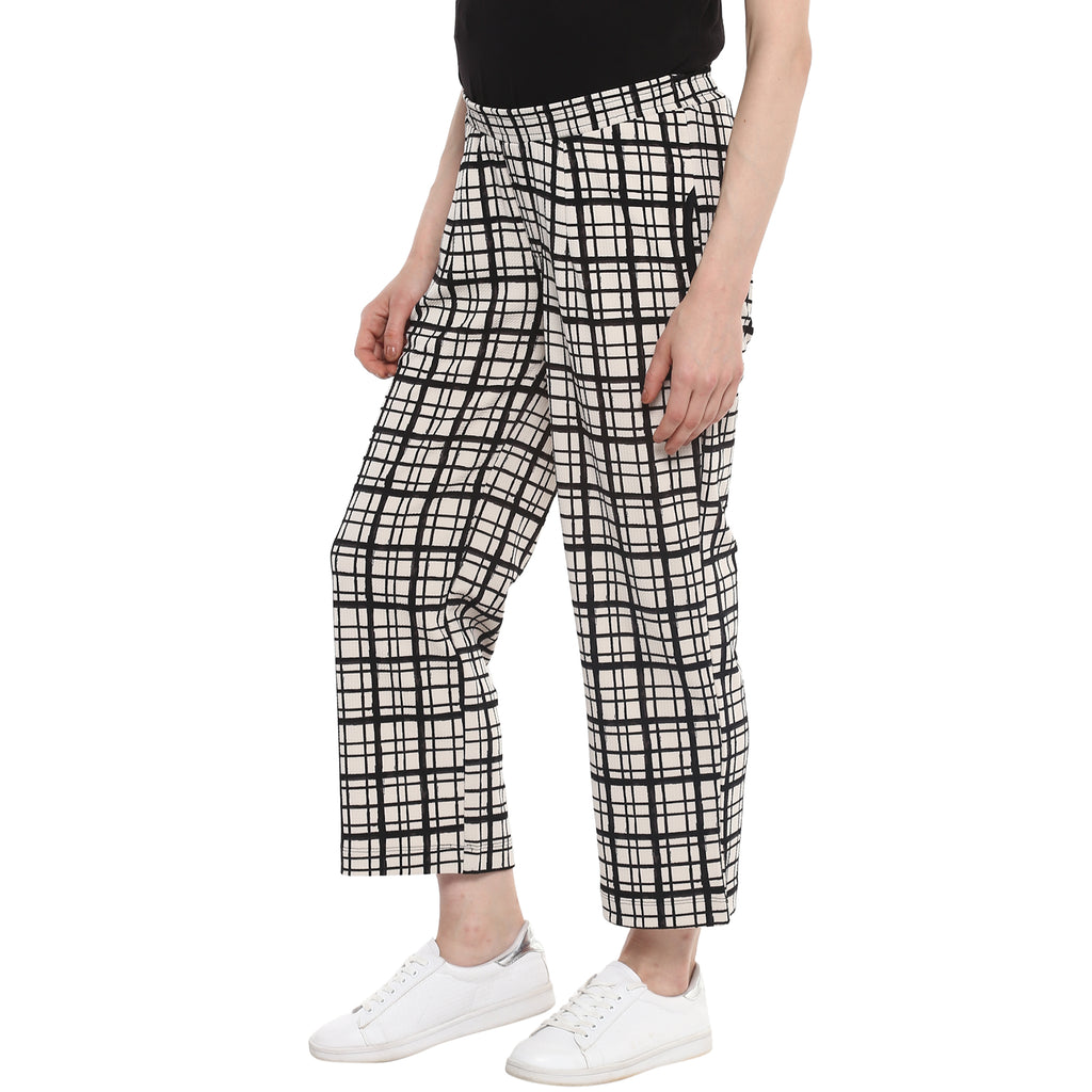 Checkered Ankle Length Trousers - momsoon maternity fashion wear