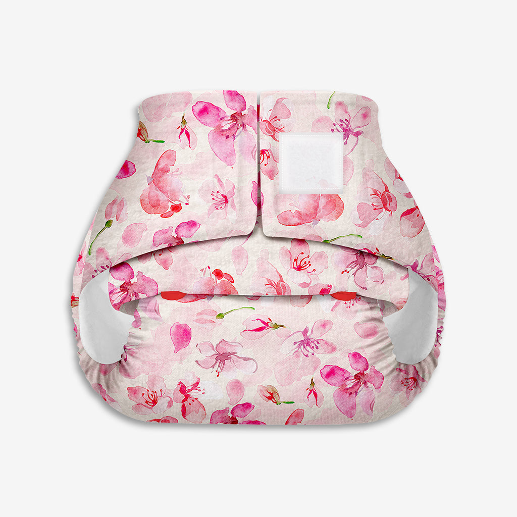 Superbottoms Newborn UNO - Washable & resuable cloth diaper + 1 Organic Cotton Dry Feel Pad (2.5kg- 6kg Babies)- Cherry Blossom