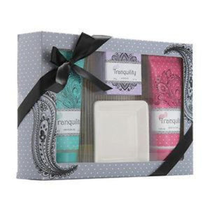 "CREATIVE COLOURS ""Tranquility"" 4pc Bath Gift Set"