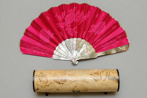 Rockcoco Fans commissioned to create a bespoke ladies' hand fan for HRH the Duchess of Sussex