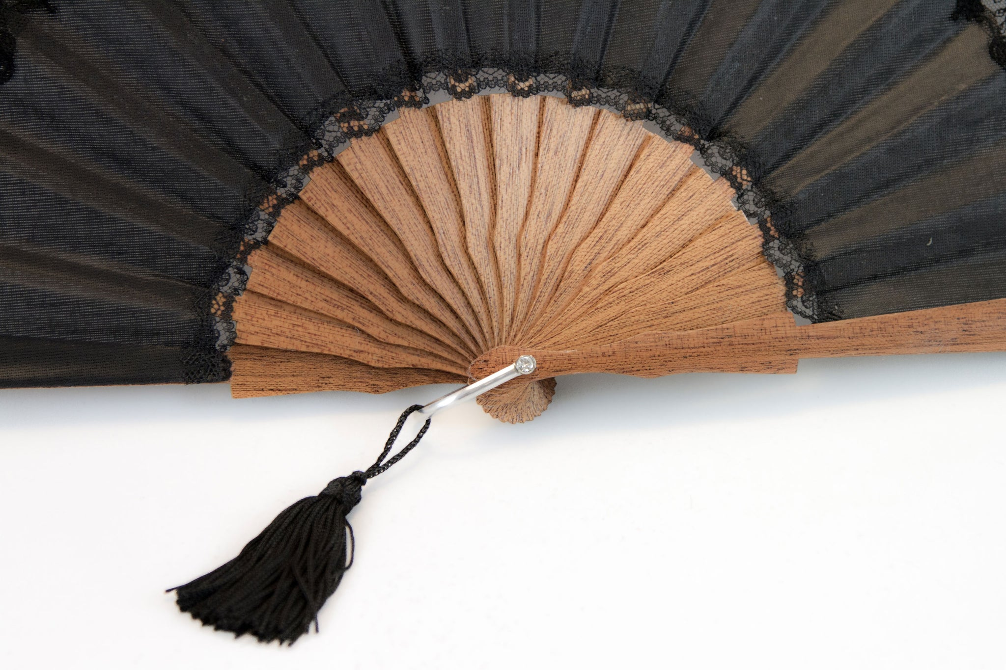 Elegant handmade Cheltenham Black luxury hand fan detail