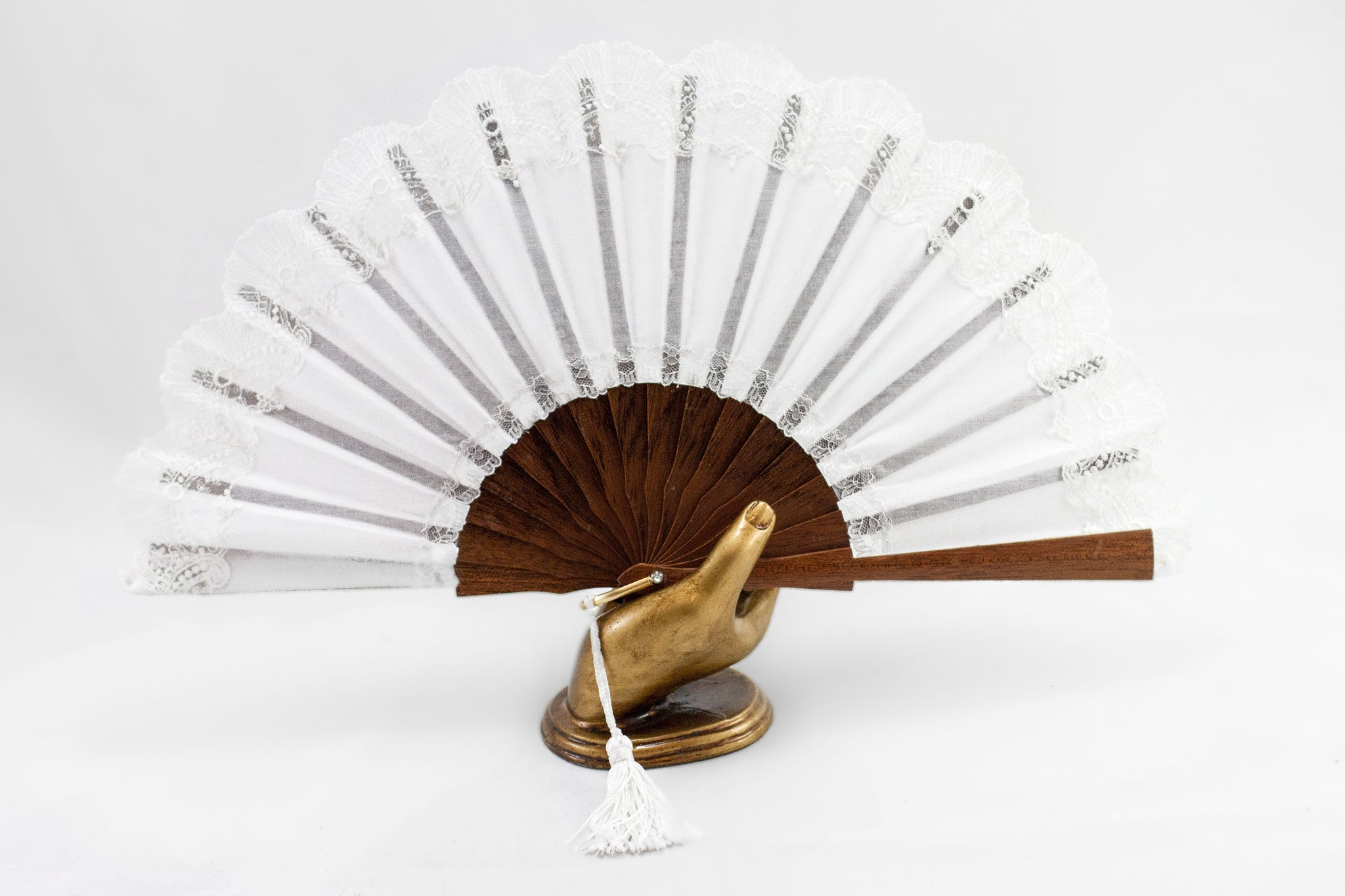 Elegant handmade Cheltenham White luxury bridal hand fan