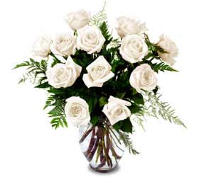 Enchanting Rose Bouquet - White