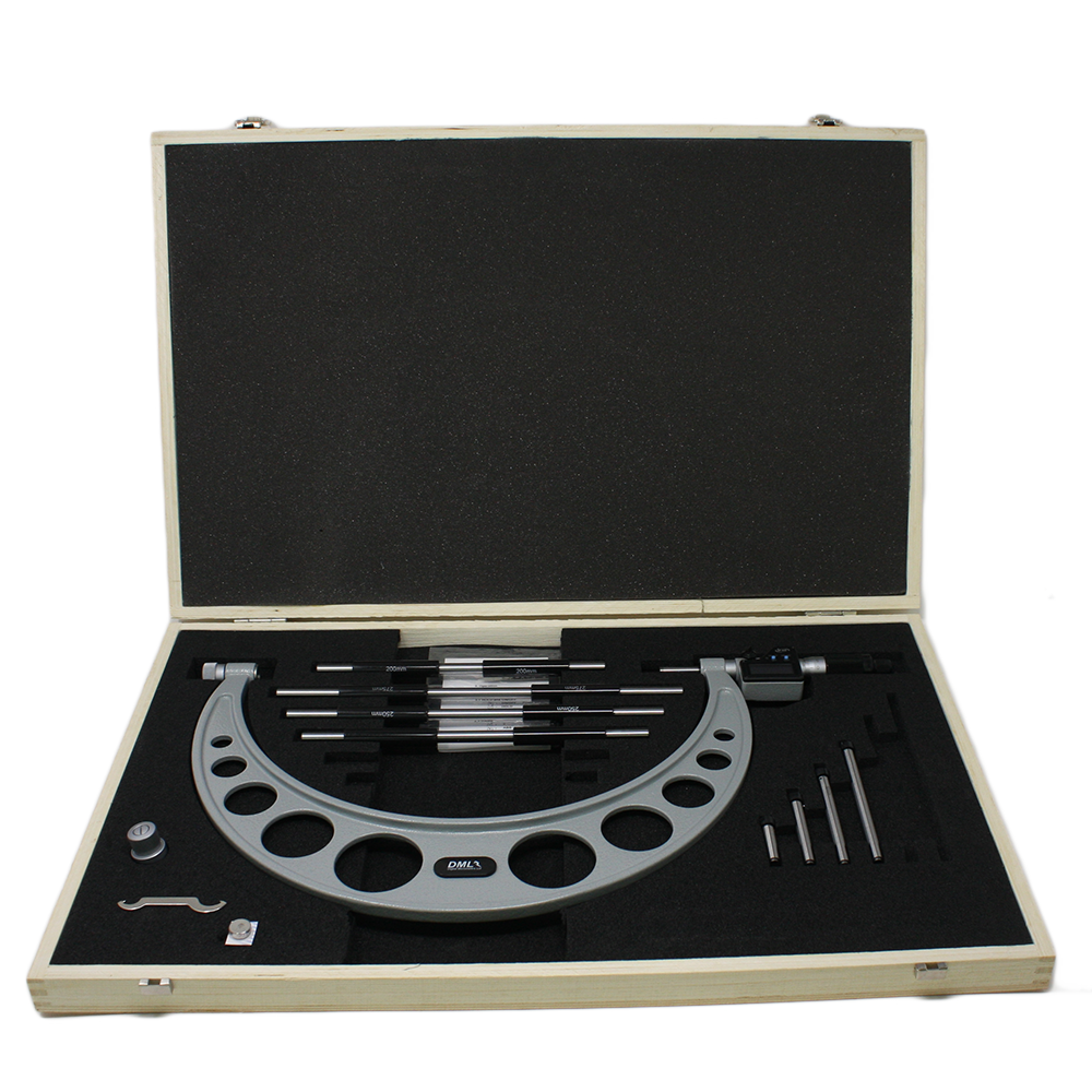 300-400mm IP65 Adjustable Digital Micrometer DM6400