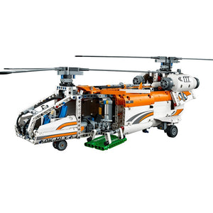 Heavy Lift Helicopter (42052)