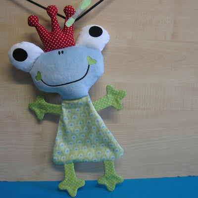Cute FROG soft toy 7x12 hoop, ITH embroidery design, digital download - millymellydesigns