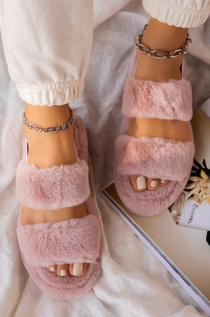 COSY PINK FAUX FUR SLIPPERS