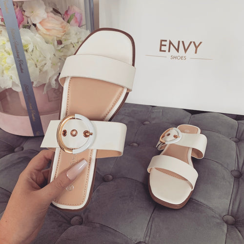 TAYLOR WHITE BUCKLE SANDALS