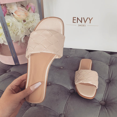 SABRINA NUDE QUILTED SLIDERS
