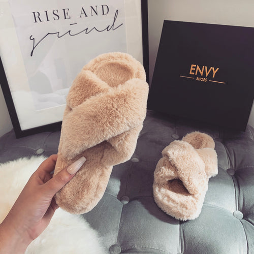 CUDDLE MOCHA FAUX FUR SLIPPERS