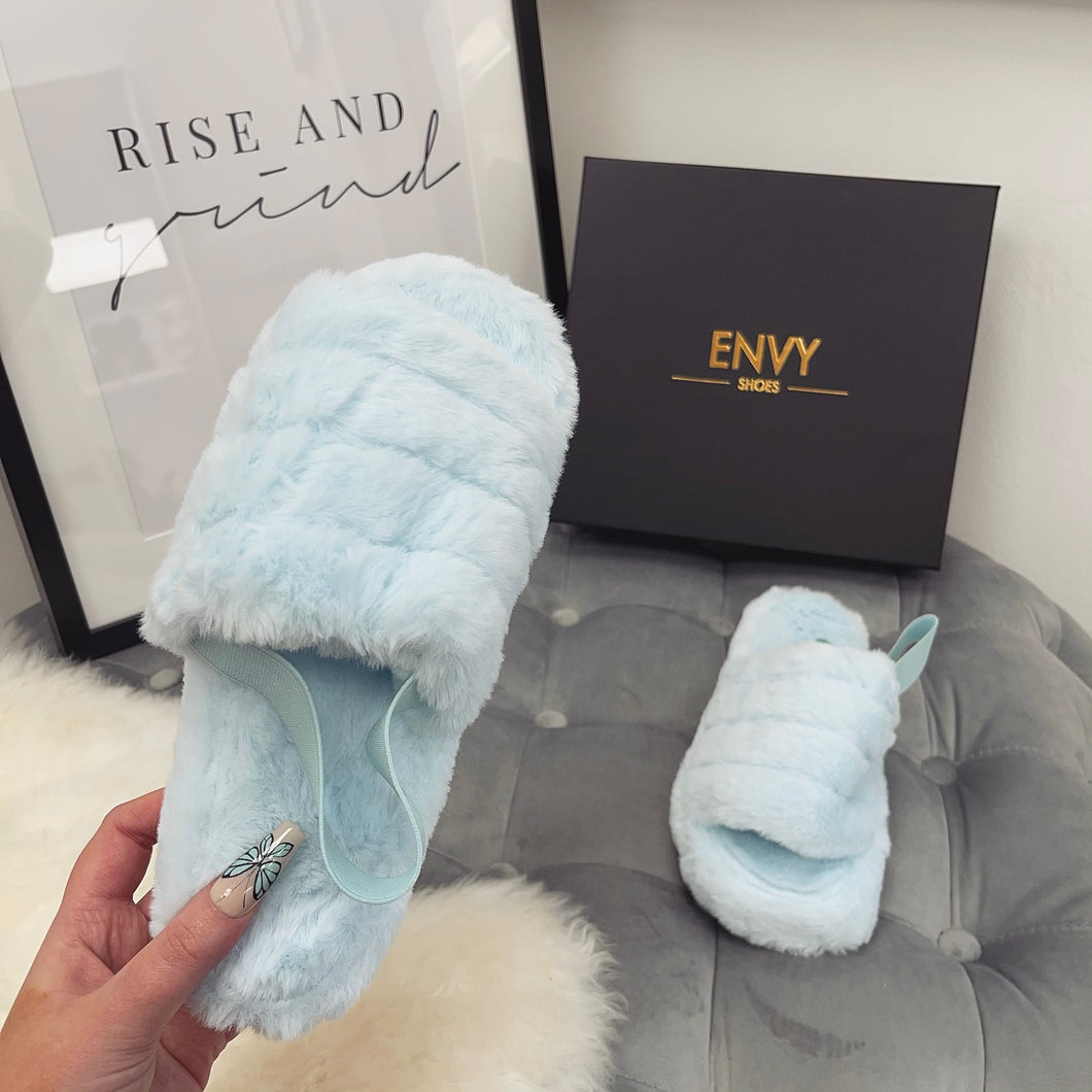 SNUGGLE BLUE FAUX FUR SLIPPERS