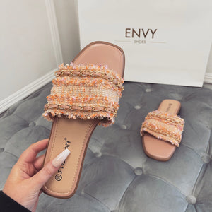 TIFFANY PINK CHAIN SLIDERS