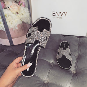 DESTINY DIAMANTE BLACK SLIDERS