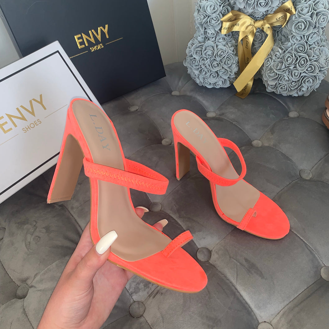 ROXANNE NEON ORANGE TOE RING MULES