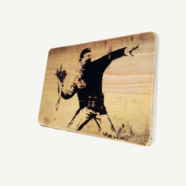 Banksy - Flower Thrower - Upcycle Art wood print handmade - https://artesanalwoodprint.com
