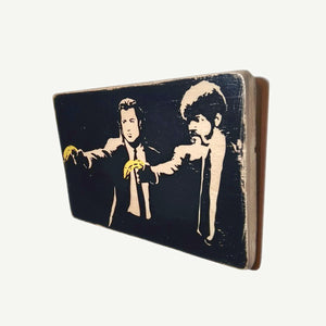 Pulp Fiction - Banksy  - Recycling wood Art - artisanal print - www.artesanalwoodprint.com
