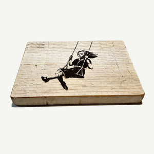 Banksy - Banksy - Girl on swings - Upcycle Art wood print handmade - https://artesanalwoodprint.com