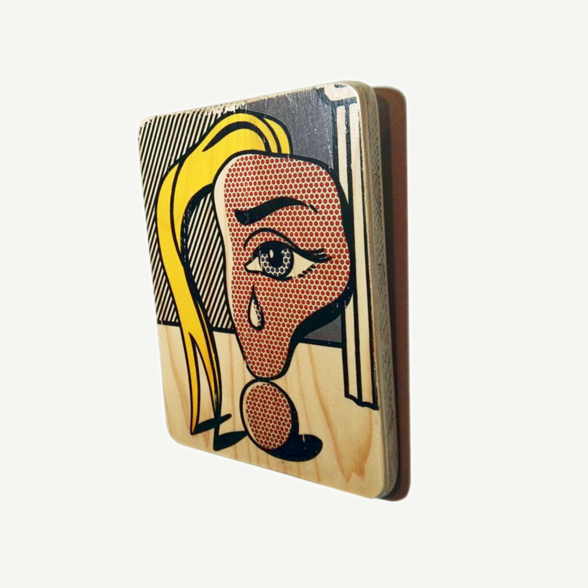 Roy Liechtenstein - Girl with tear  - Recycling wood Art - artisanal print - www.artesanalwoodprint.com