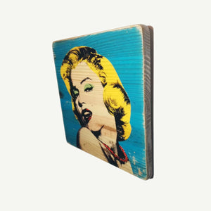 Marilyn - Andy Warhol - Recycle Art - artisanal wood print - https://artesanalwoodprint.com