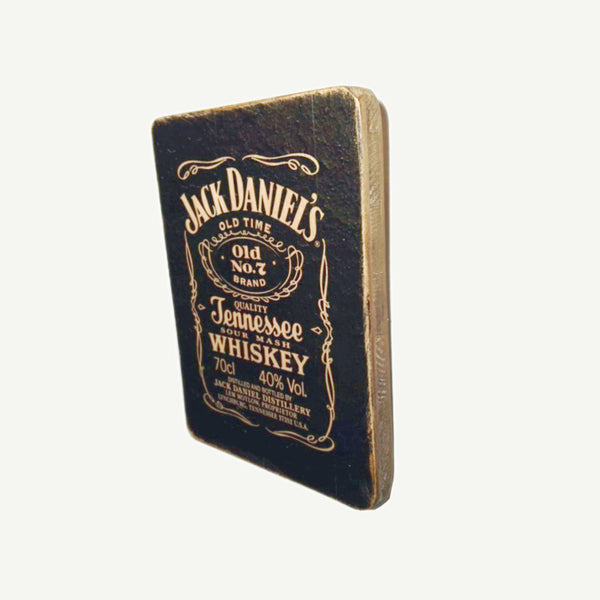 Jack Daniels - Bottle - Recycle Art - artisanal wood print - https://artesanalwoodprint.com