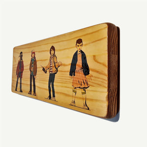 Stranger Things - The gang  - Recycling wood Art - artisanal print - www.artesanalwoodprint.com