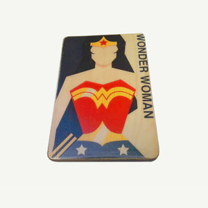 Wonder Woman - Modern - Artisanal Pop Art woodprint - www.artesanalwoodprint.com