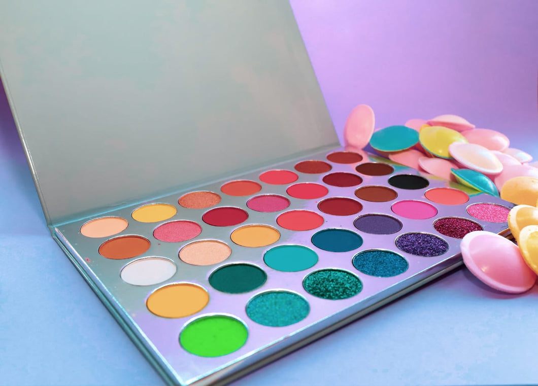 Vivid Dreams Eyeshadow Palette