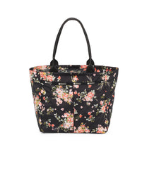 Traveling EveryGirl Tote 1