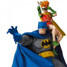 MAFEX Batman - Batman Blue Version & Robin (The Dark Knight Returns) Preventa
