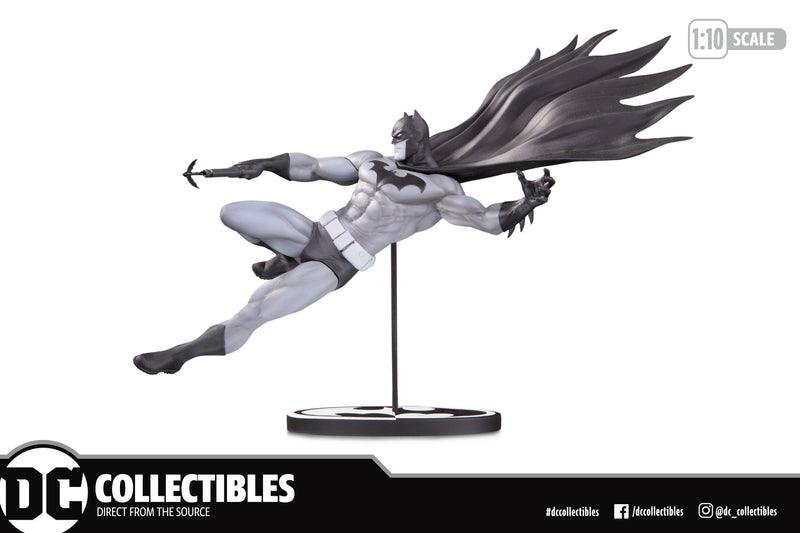 DC Collectibles  Batman Black and White by Doug Mahnke Statue - preventa