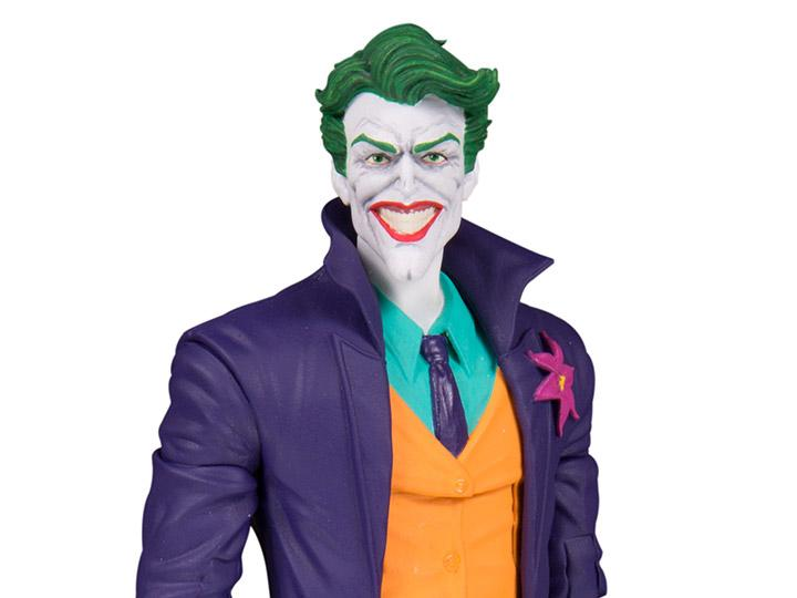 DC Collectibles DC Essentials The Joker Preventa