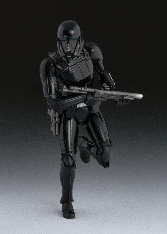 Akihabaratoys Figura Articulada Bandai S.H. Figuarts Death Trooper Rogue One A Star Wars Story