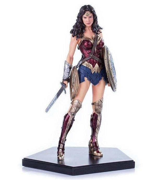 Akihabaratoys Figura Estatica IRON STUDIOS BATMAN VS SUPERMAN - WONDER WOMAN 1/10 ART SCALE
