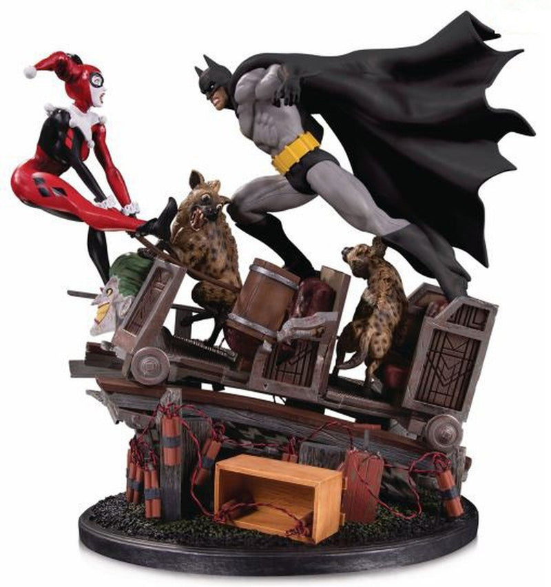 DC Collectibles Batman vs. Harley Quinn Battle Second Edition Statue - preventa