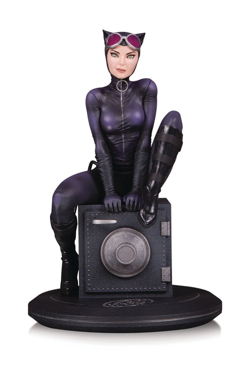 DC Collectibles DC Cover Girls Catwoman by Joelle Jones Preventa