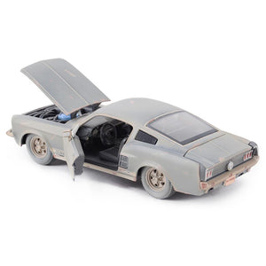 Maisto 1:24 1967 Ford Mustang GT Retro