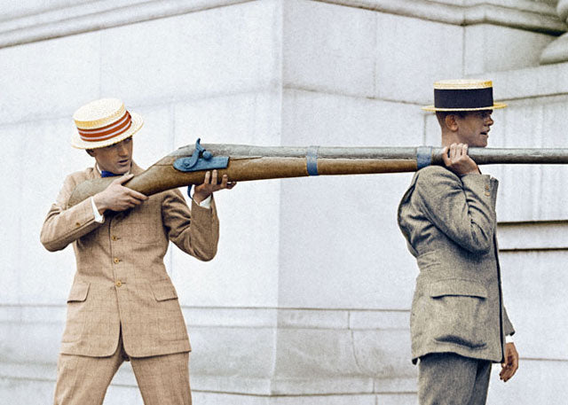 1923: A punt gun, used to shoot flocks of waterbirds from a punt