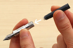How to Properly Install an Ink Cartridge in a Pen