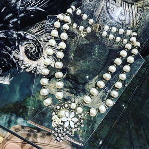 Faux vintage pearl necklace
