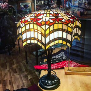 Vesta Tiffany Lamp