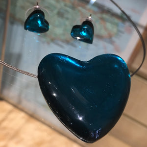 Teal Love Heart Pendant on wire chocker