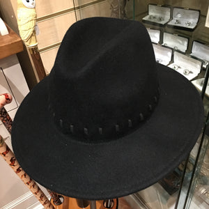 Firm felt fedora hat