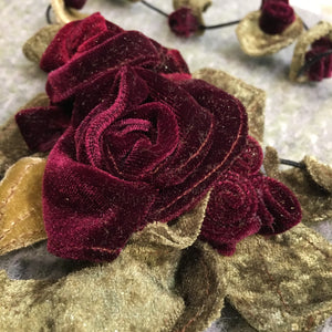 Vintage Velvet Rose Necklace - Deep Red